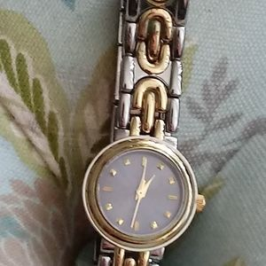 Accessories - Silver/gold watch